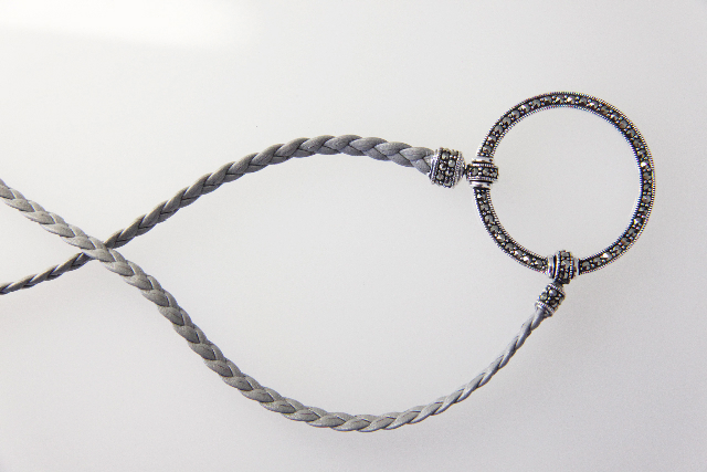 La Loop braided necklace