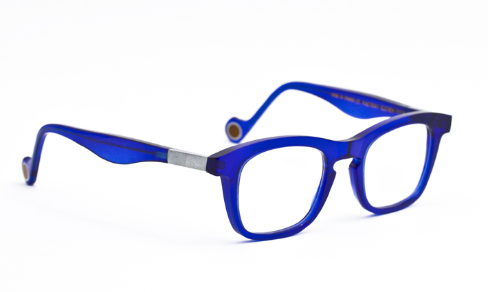 Anne et Valentin Factory series, blue