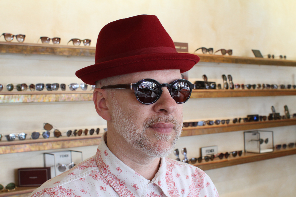Eric wears Anne et Valentin D-TECT with custom lenses