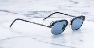 Angled view of the Jacques Marie Mage Comanche style sunglasses in Graphite